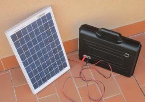 Kit fotovoltaico in valigetta - Fotovoltaico portatile ...